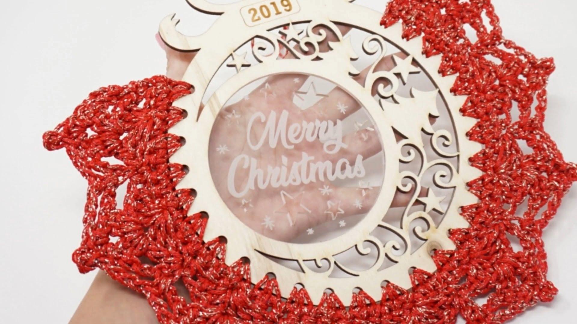 Crochet Christmas Wreath Ornament pattern