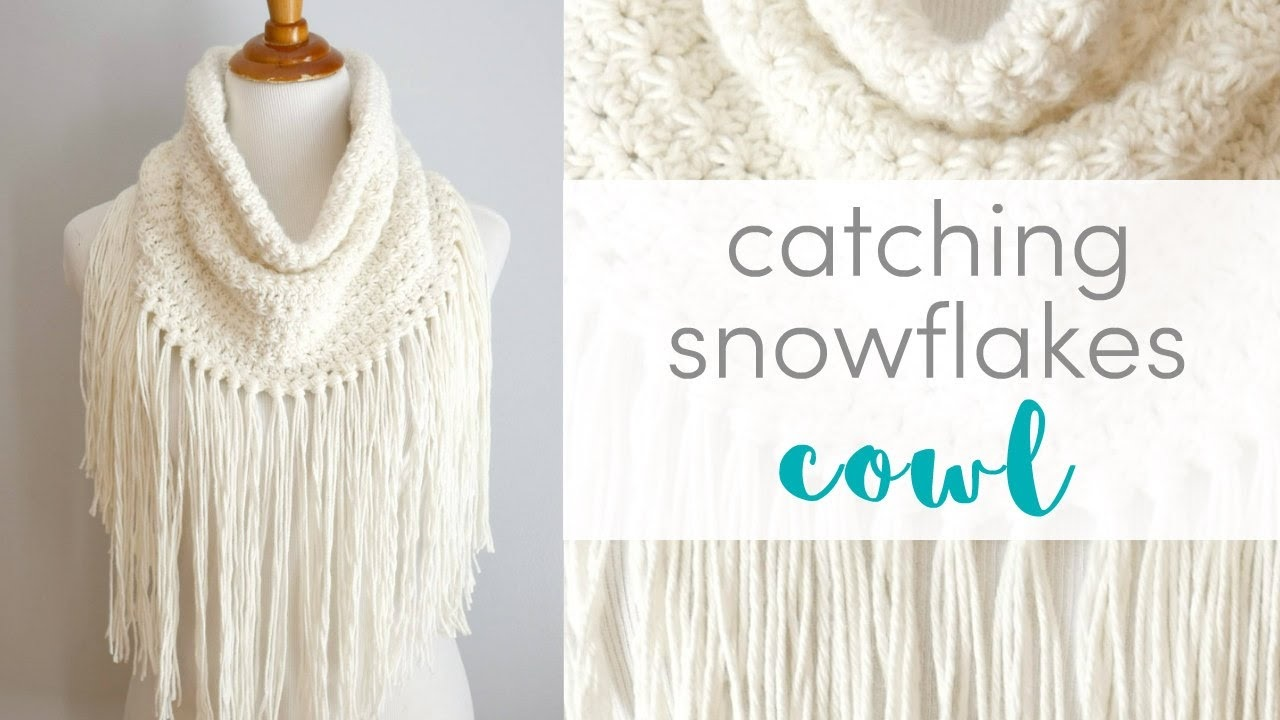 The Catching Snowflakes Cowl